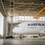 Nouvelle mission réussie pour Porsche Cayenne : tracter un Airbus A380 de 285 tonnes !